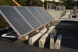 Instalación de Energía Solar Térmica Colegio St. George (Málaga)